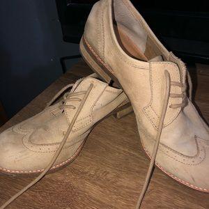 Gianna Bini brown shoes